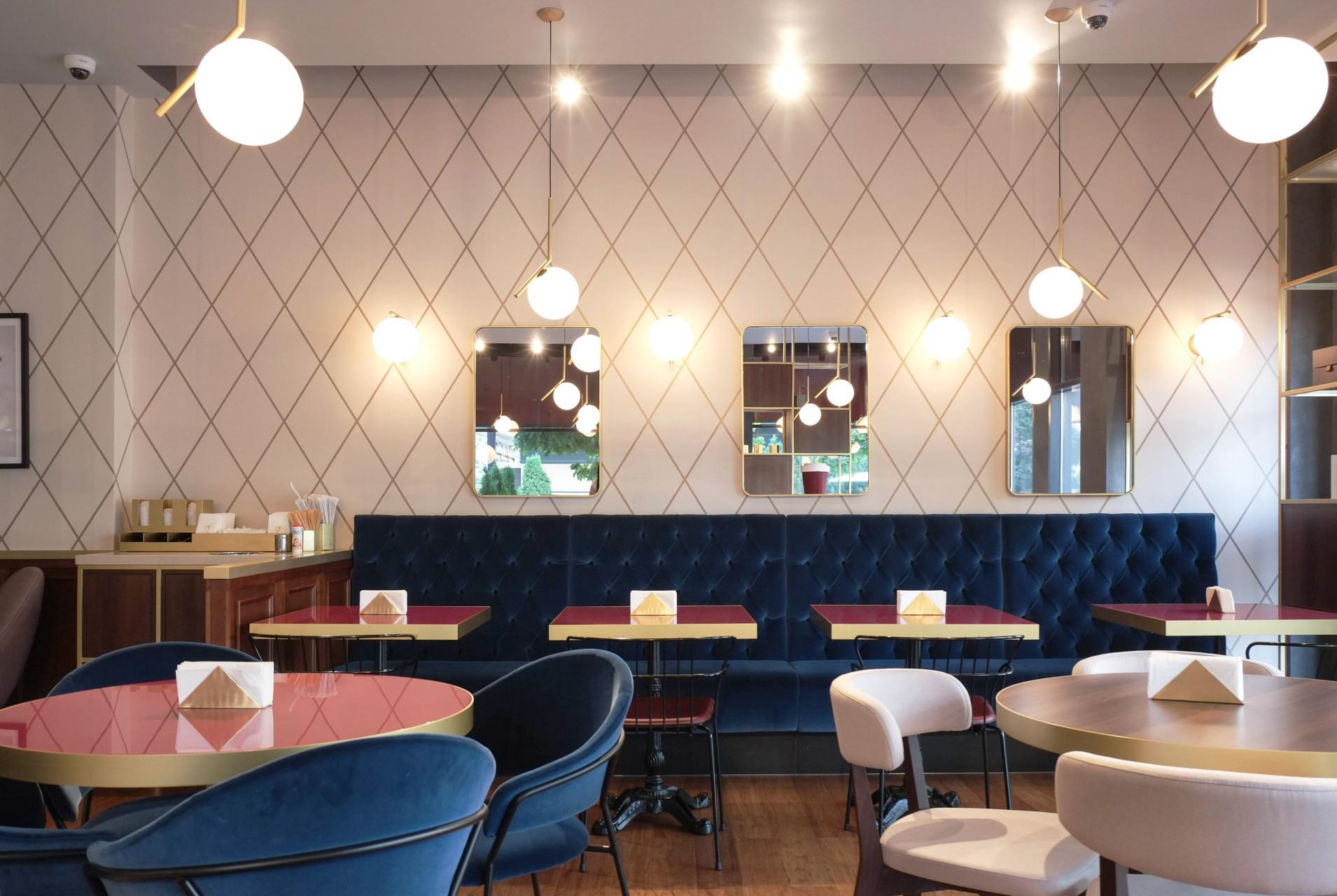 Naringi Café interiors_Sofa